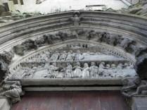 SEMUR-EN-AUXOIS: portal św. Tomasza / St. Thomas portal