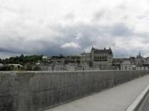 AMBOISE: opuszczając miasto / leaving Amboise