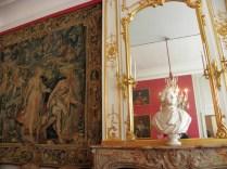 CHAMBORD: jedna z komnat / palace room