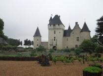 CHATEAU DU RIVAU - JESZCZE JEDEN WIDOK NA ZAMEK / Another view of the castle