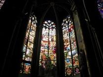 Kaplica Notre-DamZabytkowe witraże w katedrzee