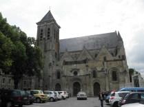 Plac przed kościołem