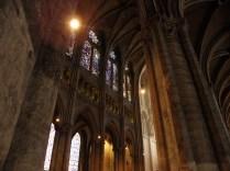 CHARTRES: nawa główna z nawy bocznej / nave seen from the south aisle