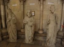 ROUEN: FIGURY - ARON, ŚW. JAN CHRZCICIEL, ŚW. WINCENTY / AARON, ST. JOHN THE BAPTIST, ST. VINCENT