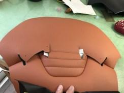 フロントシート表皮の縫製