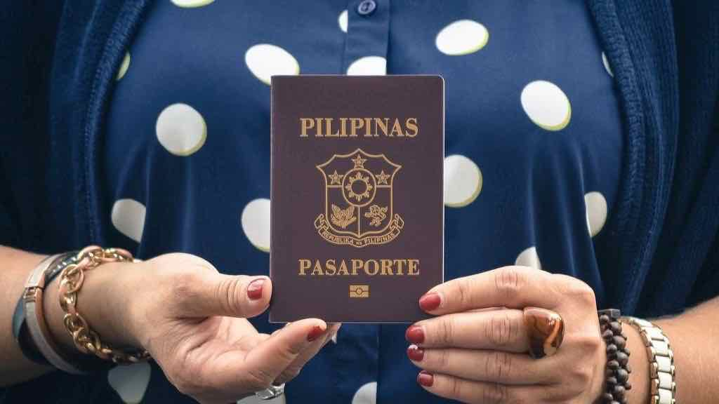 Philippine Passport in Canada