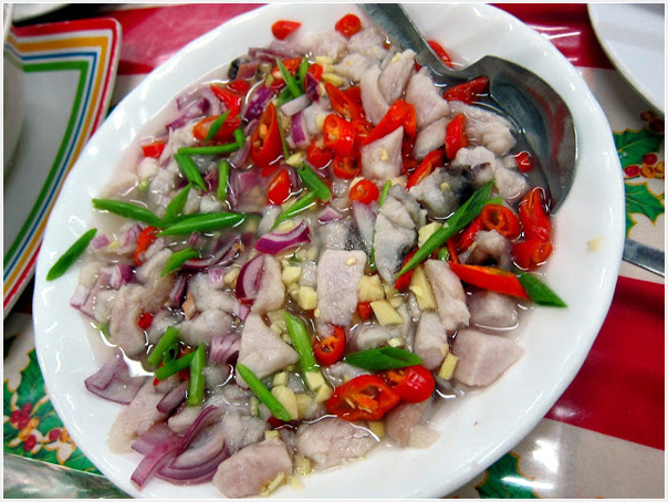 Kinilaw! raw fish and garlic, ginger, onion