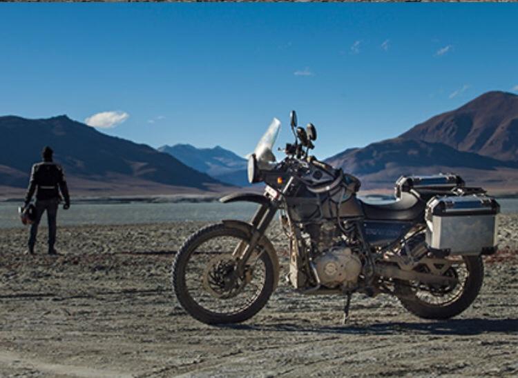 L'Himalayan Royal Enfield fait partie des deux roues qui tirent le marché en 2020