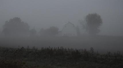 Barn in fog2C