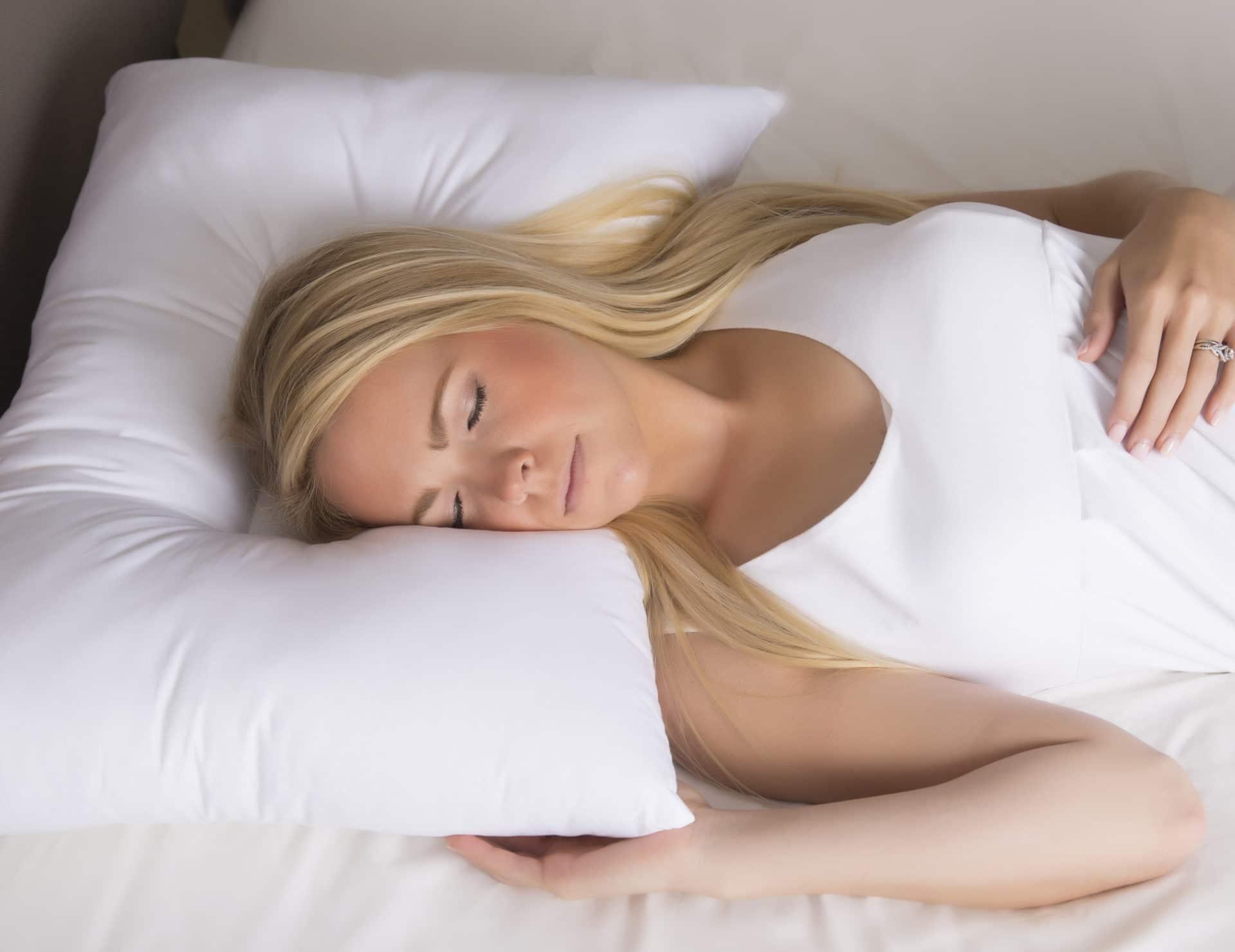 donut neck pillow fill station