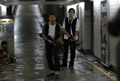 daybreakers-ethan-hawk-willem-dafeo-subway