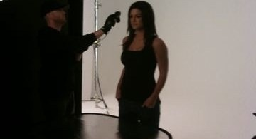 Gina Carano Haywire 2011 Set Photos 2