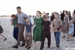 Brad Pitt, Jessica Chastain, Hunter McCracken, beach, The Tree of Life, 01