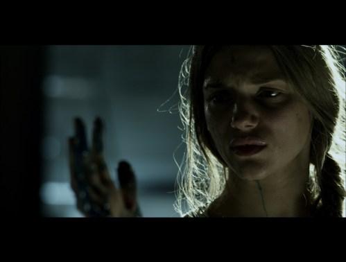 Tracy Spiridakos, Mortal Kombat, 01