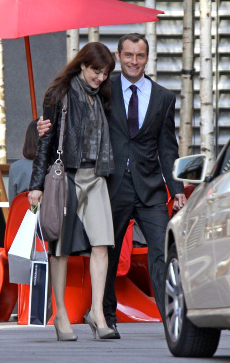 Jude Law, Rachel Weisz, 360, set, 01