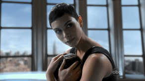 Morena Baccarin, V, Mother's Day, 01