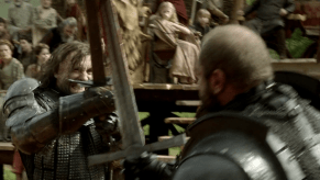 Rory McCann, Conan Stevens, Game of Thrones, The Wolf and the Lion, 01