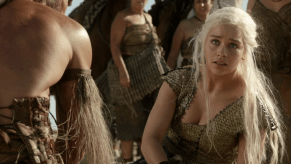 Emilia Clarke, Game of Thrones, Baelor, 02