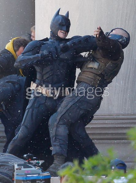 Tom Hardy, Christian Bale, The Dark Knight Rises, Mellon Institute Set, 04