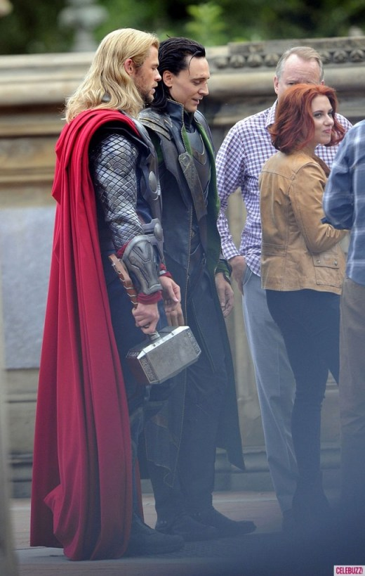 Chris Hemsworth, Scarlett Johansson, Stellan Skarsgard, Tom Hiddleston, The Avengers 2012, set 01