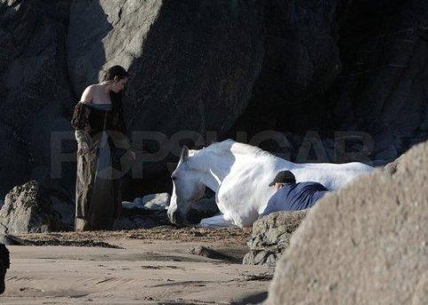 Kristen Stewart, Wet Dress, Snow White and the Huntsman 2012, Set 03
