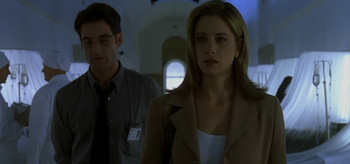 Mira Sorvino, Jeremy Northam, Mimic 1997