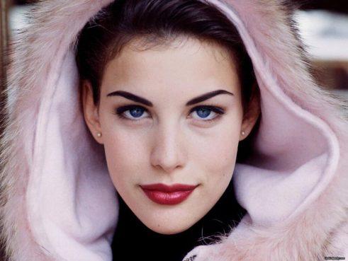 Liv Tyler, Pink Fur Hood