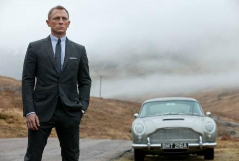 Daniel Craig Skyfall Ashton Martin