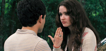 Alice Englert Beautiful Creatures