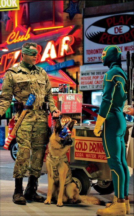 Aaron Johnson Jim Carrey Kick-Ass 2