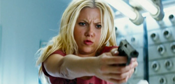 Scarlett Johannsson Gun The Island