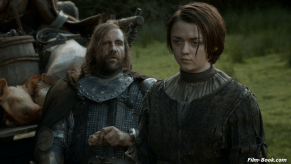 Maisie Williams Rory McCann Game of Thrones The Rains of Castamere