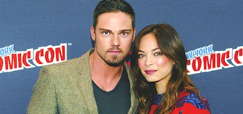 Kristin Kreuk Jay Ryan Beauty And The Beast NYCC