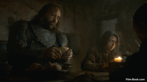 Maisie Williams Rory McCann Game of Thrones Breaker of Chains