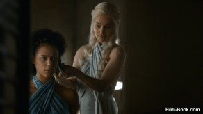 Nathalie Emmanuel Emilia Clarke Game of Thrones The Mountain and the Viper