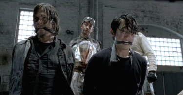 Norman Reedus Steven Yeun The Walking Dead Season 5