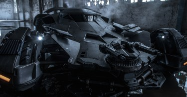 Batman V Superman Dawn of justoce Batmobile