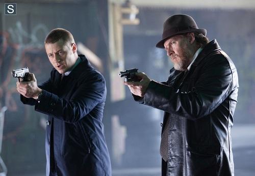 Ben McKenzie Donal Logue Gotham Viper