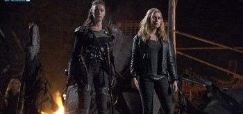 alycia-debnam-carey-eliza-taylor-the-100-2.13-resurrection-350x164