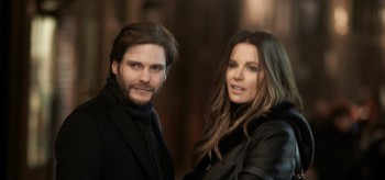 Kate Beckinsale Daniel Brühl The Face Of An Angel