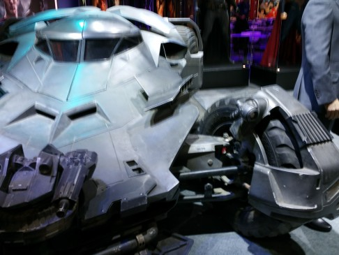 batman-v-superman-batmobile-05