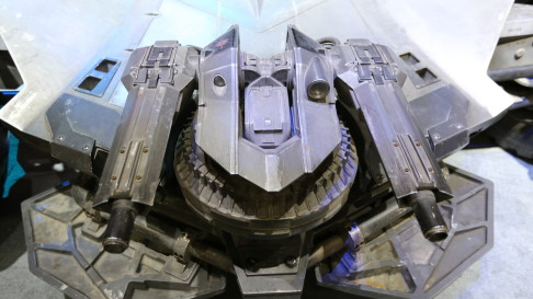 batman-v-superman-batmobile-guns-01