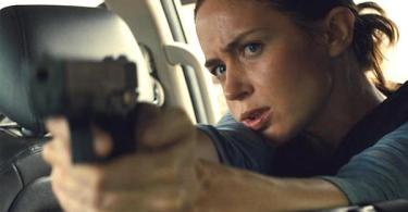 Emily Blunt Gun Sicario