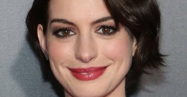 Anne Hathaway Smiling
