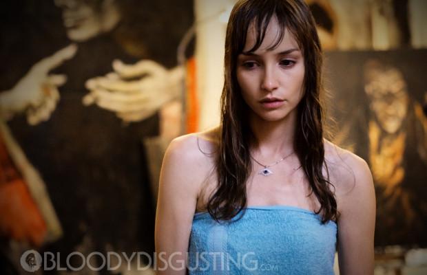 Jocelin Donahue in Dead Awake