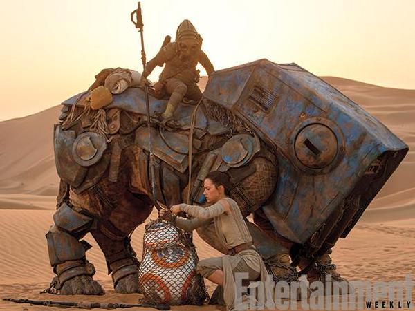 Star Wars The Force Awakens Daisy Ridley Desert