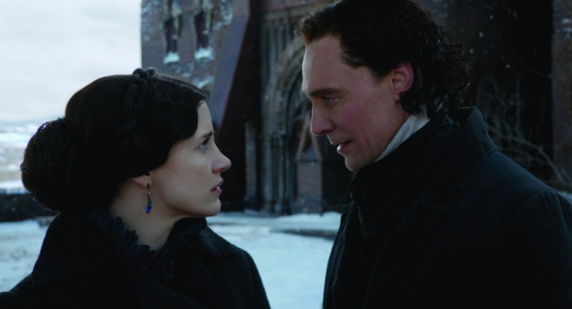 crimson-peak-set-image-17