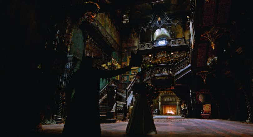 crimson-peak-set-image-20