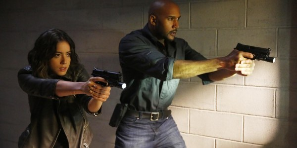 Chloe Bennet Henry Simmons Agents of S.H.I.E.L.D. Devils you Know