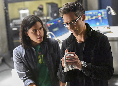 Carlos Valdes Tom Cavanagh The Flash Enter Zoom